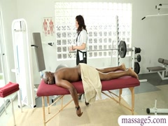 Hot curvy masseuse Jessica Ryan fucked by her black client