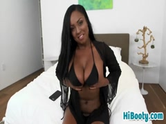 Perfect ebony chick hot bareback