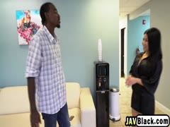 Asian masseuse Jackie enjoys sixty nine with black stud