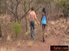 Sex slave slobs an Afrikaner knob outdoors