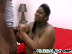 Black dude banging pregnant hottie