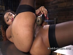 Big ass ebony fucks fast machine