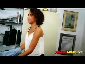 Black chick rides huge shlong all over the office