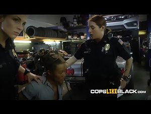 Thief's cock screwing cop's pussy in the garage